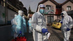 Más de 800 adultos mayores residentes en hogares han dado positivo por coronavirus