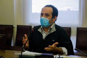 Frente Amplio asegura que el Gobierno no invitó al Partido Comunista al acuerdo nacional en el marco de la crisis sanitaria