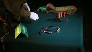 Carabineros detuvo a ocho personas con armas de grueso calibre y municiones en La Legua