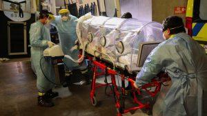 """Médico intensivista: """"La situación es bastante crítica, nuestras unidades intensivas están bastante llenas"""""""