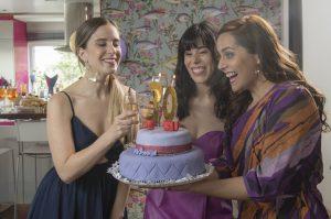 """La tercera es la vencida: Película """"Mujeres arriba"""" la rompe en Netflix"""
