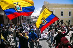 Masivas protestas en Ecuador contra el gobierno por manejo de la crisis del covid-19
