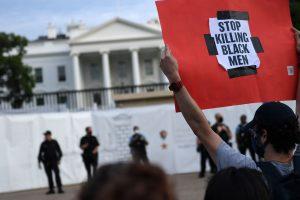 Protestas por homicidio de George Floyd obligaron a cerrar la Casa Blanca