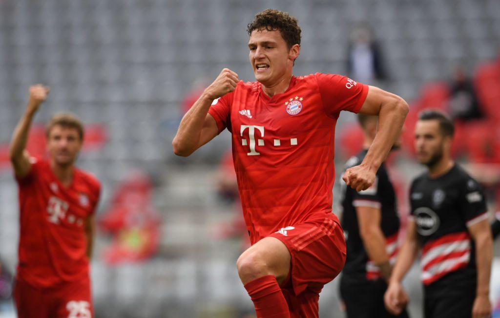 Bayern Múnich golea y se mantiene firme en el liderato de la Bundesliga