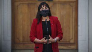 """Siches a ministro Blumel por polémica en hospital de Melipilla: """"Creo que se pasó, en buen chileno, cuatro pueblos con sus declaraciones"""""""