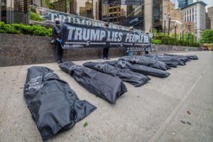 Estados Unidos superó las 100.000 muertes por el Covid-19 y Trump evita el tema