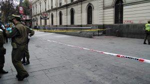 Detienen a persona contagiada con Covid-19 en el centro de Santiago