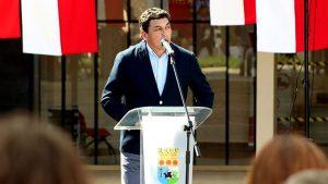Alcalde de Til Til Nelson Orellana dio positivo por Covid-19 y es el primer edil de la RM en sufrir contagio