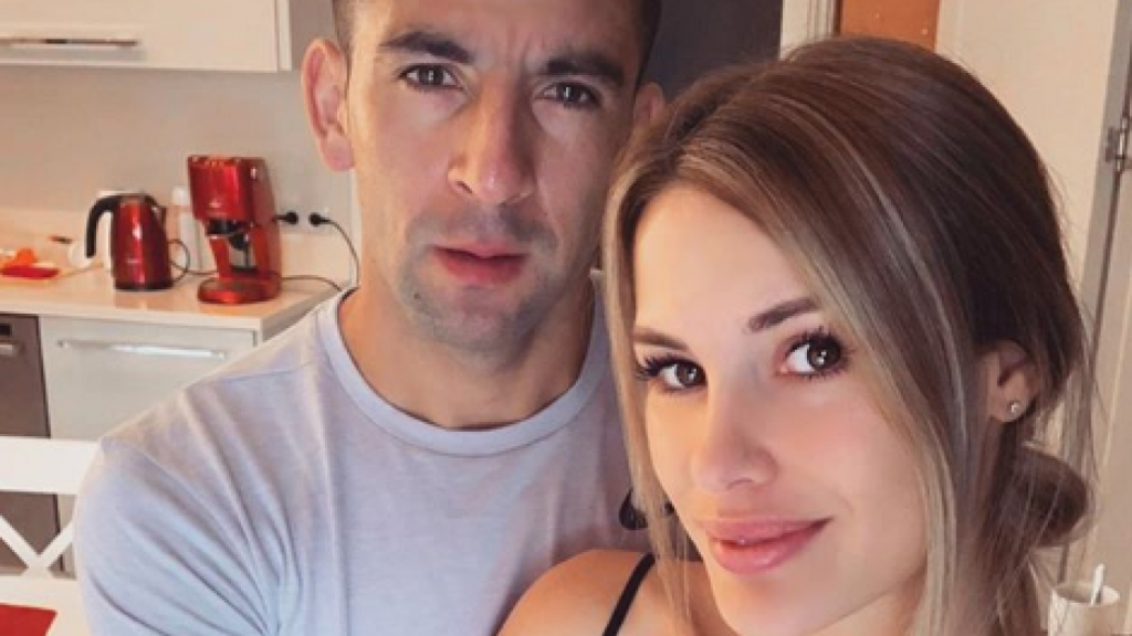 """""""Gracias por tu amor incondicional"""": Gala Caldirola y Mauricio Isla celebran un año de matrimonio"""