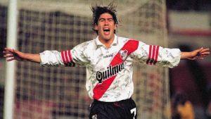 """Los tres mejores goles del """"Matador"""" Marcelo Salas en su paso por River Plate"""