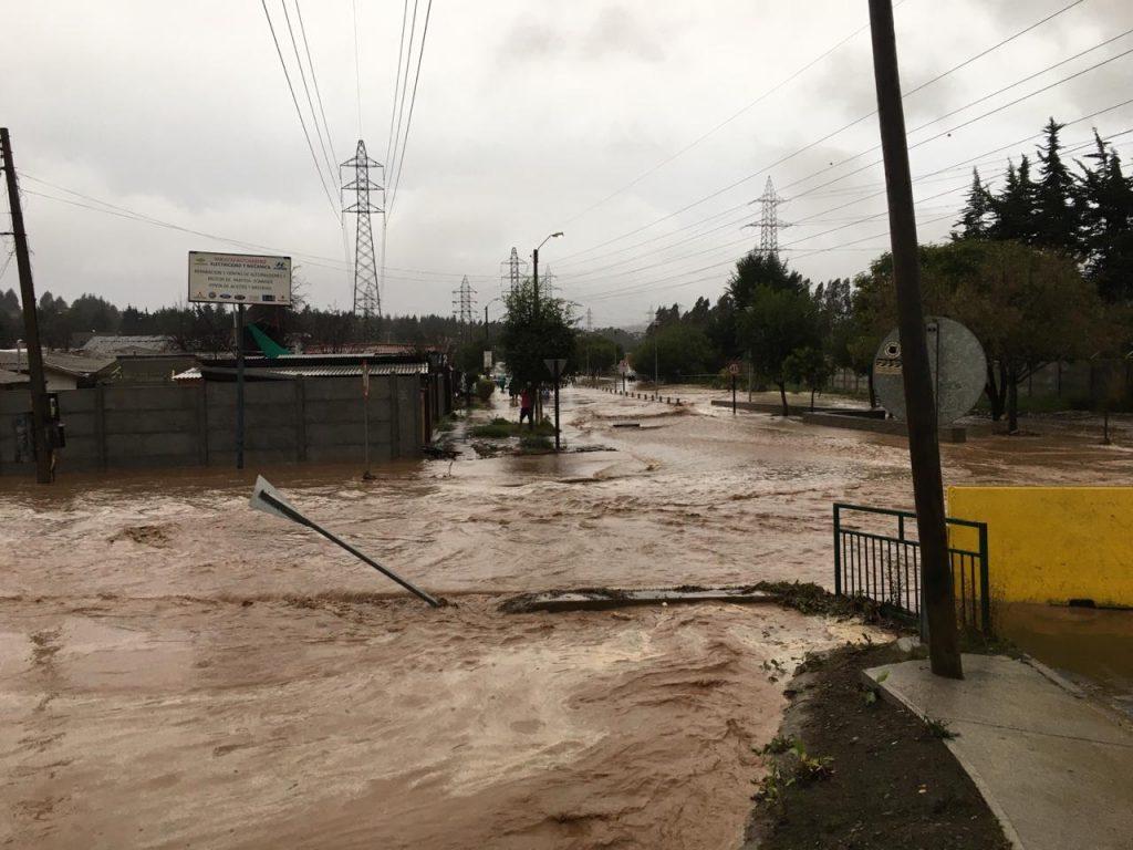 Sectores de la comuna de Puchuncaví reportaron complejas inundaciones ante fuertes precipitaciones