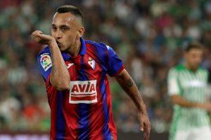 """Aseguran que Fabián Orellana se iría del Eibar: """"Perderían a su gran estrella"""""""