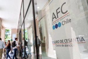 Cierran sucursal de AFC Chile en Teatinos tras registrar un caso positivo de Covid-19