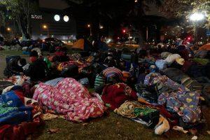 772 bolivianos están siendo trasladados a diversos albergues dentro de la capital