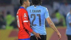"""Figura de Uruguay aseguró que Edinson Cavani ya perdonó a Gonzalo Jara por """"el episodio del dedo"""""""