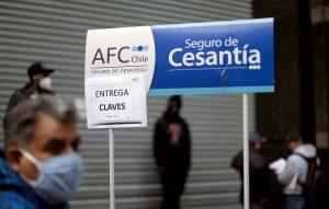 Vuelven a abrir sucursales de Puente Alto y Maipú para recibir el seguro de cesantía
