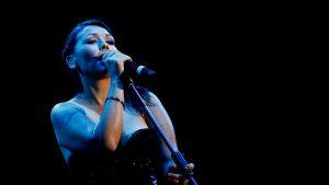 """Denisse Malebrán de Saiko lanza reversiones acústicas de sus clásicos y se prepara para el Festival """"Quédate en Casa"""""""