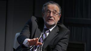 """Expresidente Banco Central y gasto del Gobierno para enfrentar la crisis: """"No es ser prudente, es ser avaro"""""""