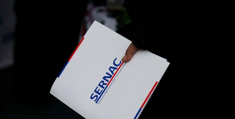 Sernac anunció fiscalización a empresas que exigen a consumidores a acercarse a sucursales