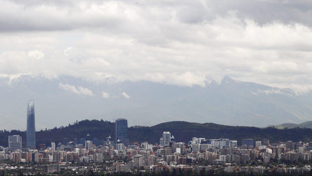 Nubosidad parcial: revisa el pronóstico del tiempo para este jueves en Santiago