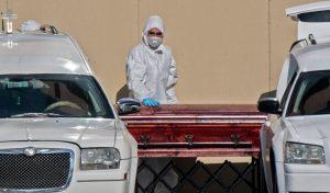 Instituto de la U. de Washington baja proyecciones de muertes por Covid-19 en Chile