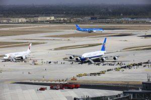 China permite vuelos internacionales limitados desde EEUU para controlar al Covid-19