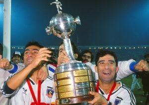 CSD Colo Colo lanzó campaña solidaria para conmemorar los 29 años de la obtención de la Copa Libertadores