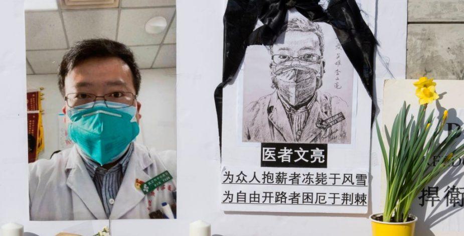 Da a luz esposa del médico que alertó al mundo del coronavirus