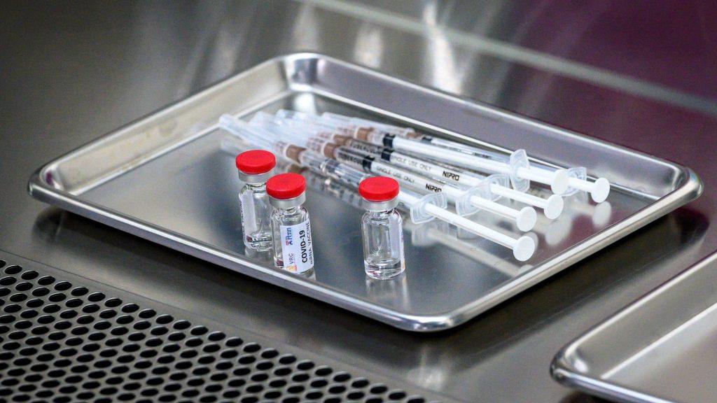 OMS reaccionó con cautela ante anuncio de científicos rusos por vacuna contra el coronavirus