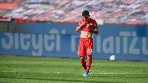 Charles Aránguiz fue titular en dolorosa derrota ante el Bayern Munich