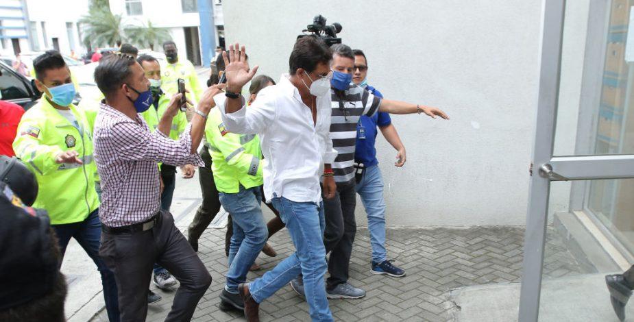 La corrupción en compras de insumos médicos golpea a Ecuador en plena pandemia