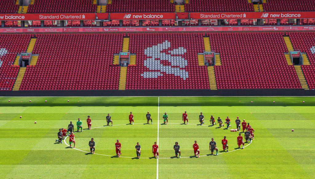 Jugadores de Liverpool homenajearon a George Floyd