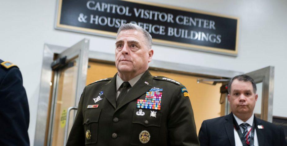 El jefe del Pentágono desafía a Trump y rechaza desplegar al Ejército