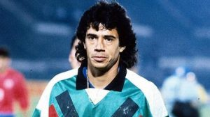 """Patricio Toledo: """"De los que juegan en Chile, Johnny Herrera sigue siendo el mejor arquero"""""""