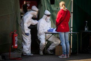 Ucrania y República Checa con récords de contagios del coronavirus Covid-19