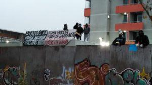 Grupo de personas se tomó proyecto de departamentos en Cerro Navia: acusan cambio en postulaciones