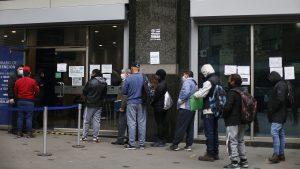 Encuesta UC: Tasa de desempleo a nivel nacional se incrementó 11,5% en junio