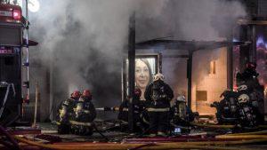 Explosión en perfumería en Buenos Aires dejó dos bomberos muertos y al menos diez heridos