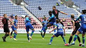 El Wigan consiguió la mayor goleada de su historia en Inglaterra justo después de declararse en la quiebra