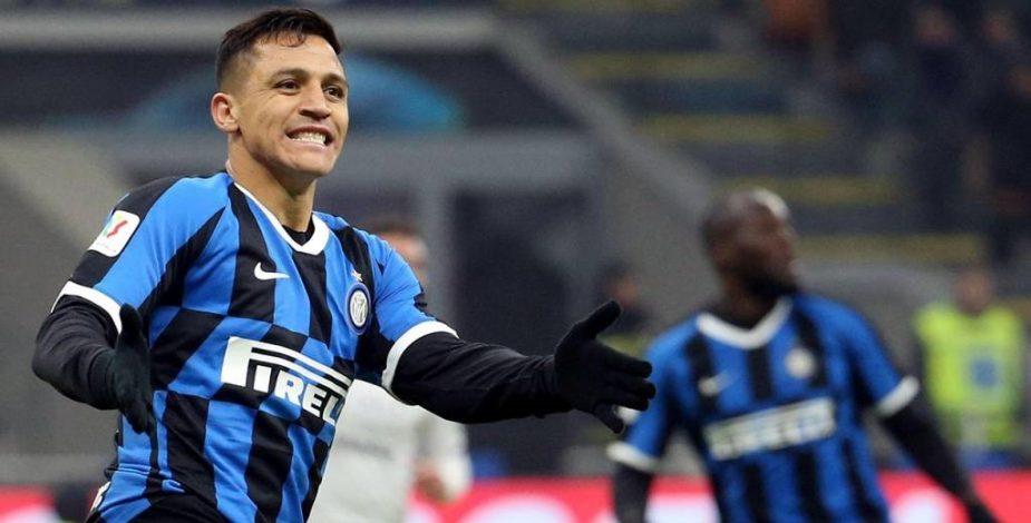Con Lautaro, Inter goleó al Genoa y se aferra a un milagro