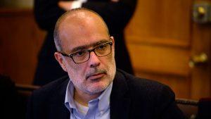 Exministro Rodrigo Valdés se une a conferencia internacional para desmenuzar el impacto del Covid-19