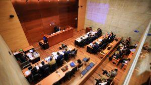 """Fiscalía dice que carabineros acusados de torturar a un hombre Plaza Ñuñoa """"faltaron a la verdad"""""""