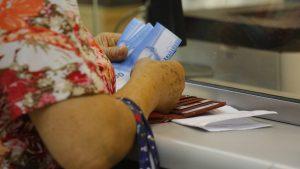 Casi cinco millones de personas en Chile son deudores morosos: Cifra aumentó 3% respecto a trimestre anterior
