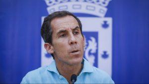 Alcalde de Santiago anunció que solicitará apoyo de las Fuerzas Armadas para aumentar fiscalizaciones en la comuna
