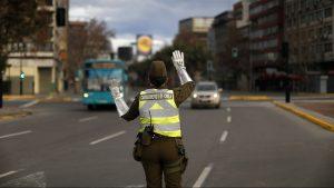 Carabineros detuvo a cuatro personas en fiesta al interior de restaurante en Santiago
