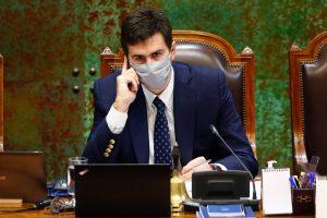 """Parlamentarios que renunciaron """"simbólicamente"""" a RN conformarán nuevo comité"""