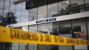 Único sospechoso por millonario robo a banco en Las Condes fue dejado en libertad
