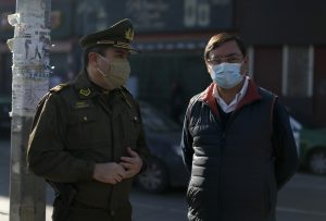 Intendente Guevara encabezó fiscalización que dejó más de 70 detenidos en Estación Central