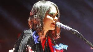 """Camila Moreno: """"Me enamoré de una mujer y mi música empezó a cambiar"""""""
