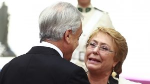 Presidente Piñera se comunicó vía WhatsApp con Bachelet para enviarle sus condolencias por muerte de su madre